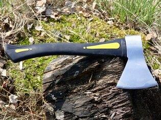 Karbónová sekera MFH® Carbon s gumovou rukoväťou