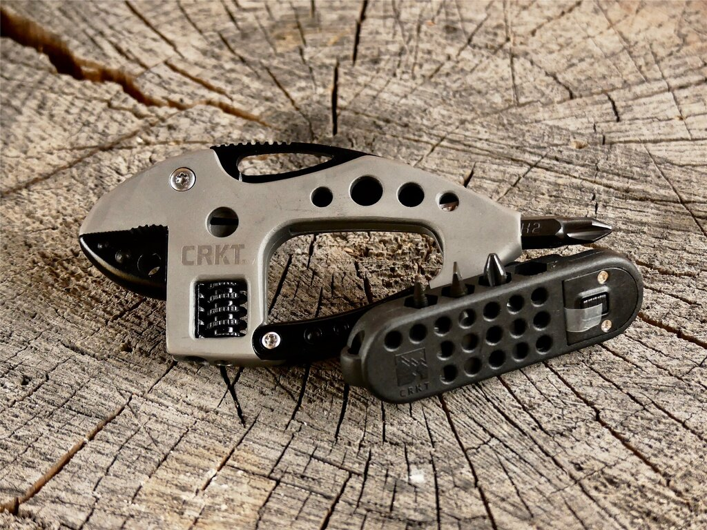 Multifunkční nástroj Guppie™ CRKT® - černý