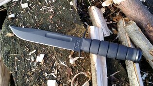 Nôž s pevnou čepeľou KA-BAR®
