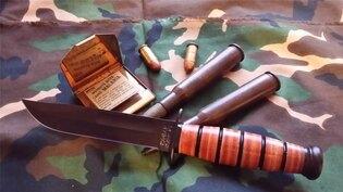 Nôž s pevnou čepeľou KA-BAR® Short USMC