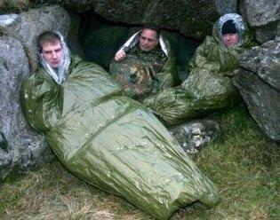 Núdzový termoizolačný vak - spací vak BLIZZARD® Survival bag - zelený