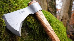 Outdoorová sekera Woods Nobo™ T-HAWK CRKT®