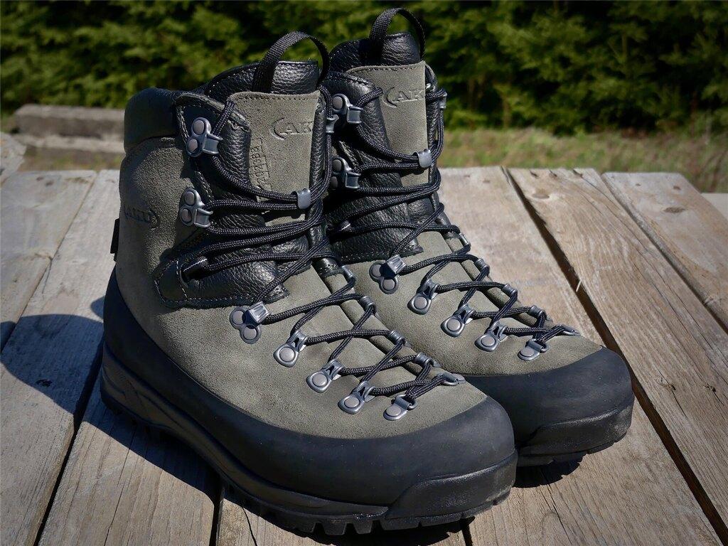 Topánky AKU Tactical® KS Schwer 14 GTX® N - dark grey