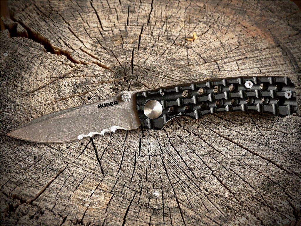 Zavírací nůž Go-N-Heavy™ Compact CRKT® - černý