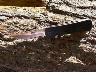 Zavírací nůž Heiho™ CRKT® kombinované ostří - černý