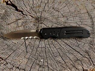 Zavírací nůž Ignitor™ CRKT® kombinované ostří - černý